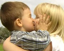 Top latest hd Baby Boy to Girl frist kiss images photos pic wallpaper free download 57