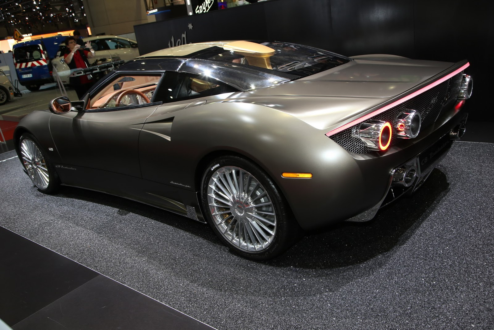 spyker returns to new york with the new c8 preliator carscoops. Black Bedroom Furniture Sets. Home Design Ideas