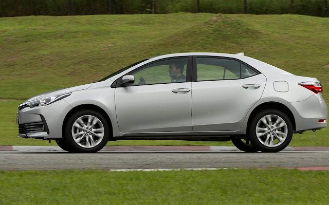 Novo Corolla XEi 2018 - Prata