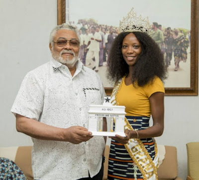 Rawlings Presents National Gift To Miss Universe Ghana '18, Miss Akpene Diata Hoggar