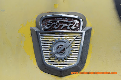 ford f100 old ford truck abandoned rust classic 302 v8 5.0 rotting in style