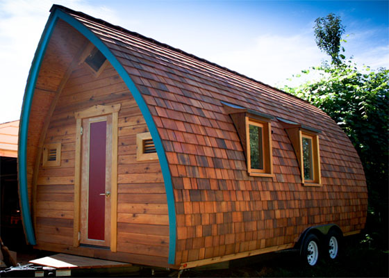 Artistic Tiny House Design picture