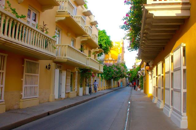 Sacadas de Cartagena das Índias, dentro da cidade amuralhada