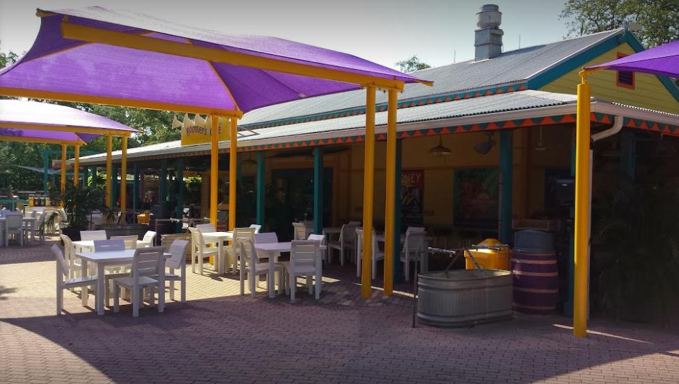Tampa's Lowry Park Zoo Wedding Venue
