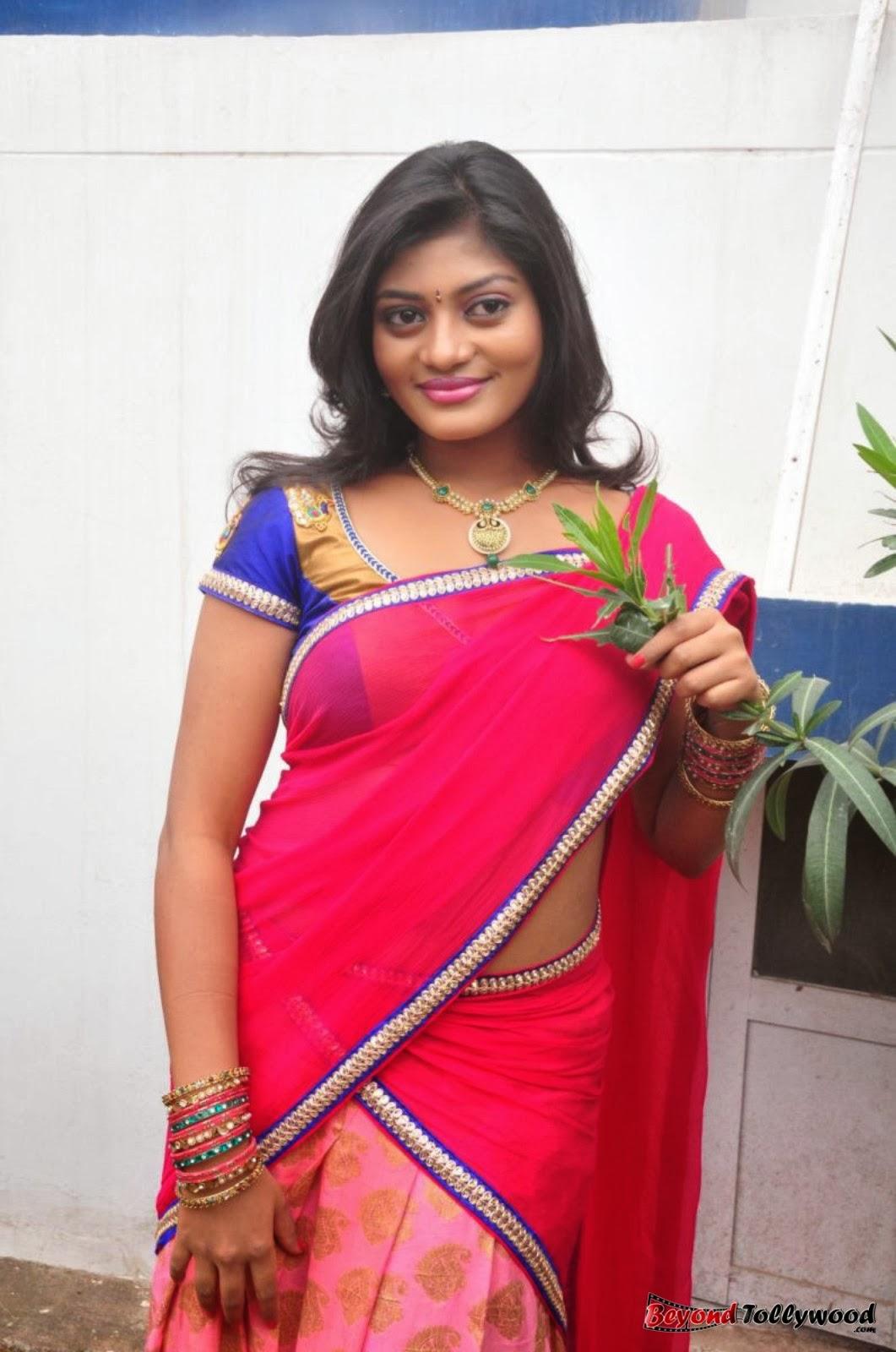 spicyimg: Soumya Hot Half Saree Photos