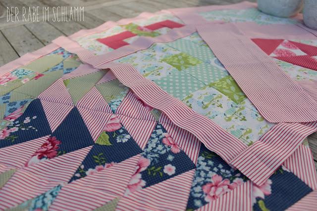 Sewcial Bee Sampler, Quilt, Quiltblock, Tilda