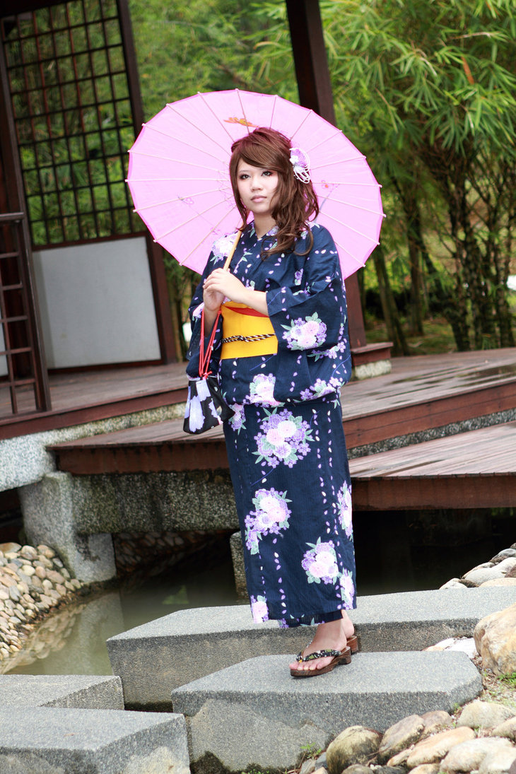 Girl in yukata 3