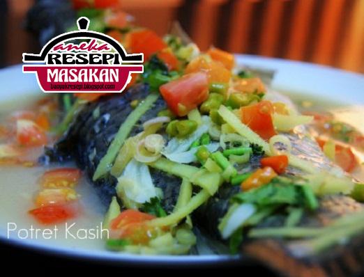 Resepi Ikan Siakap Stim http://banyakresepi.blogspot.my/
