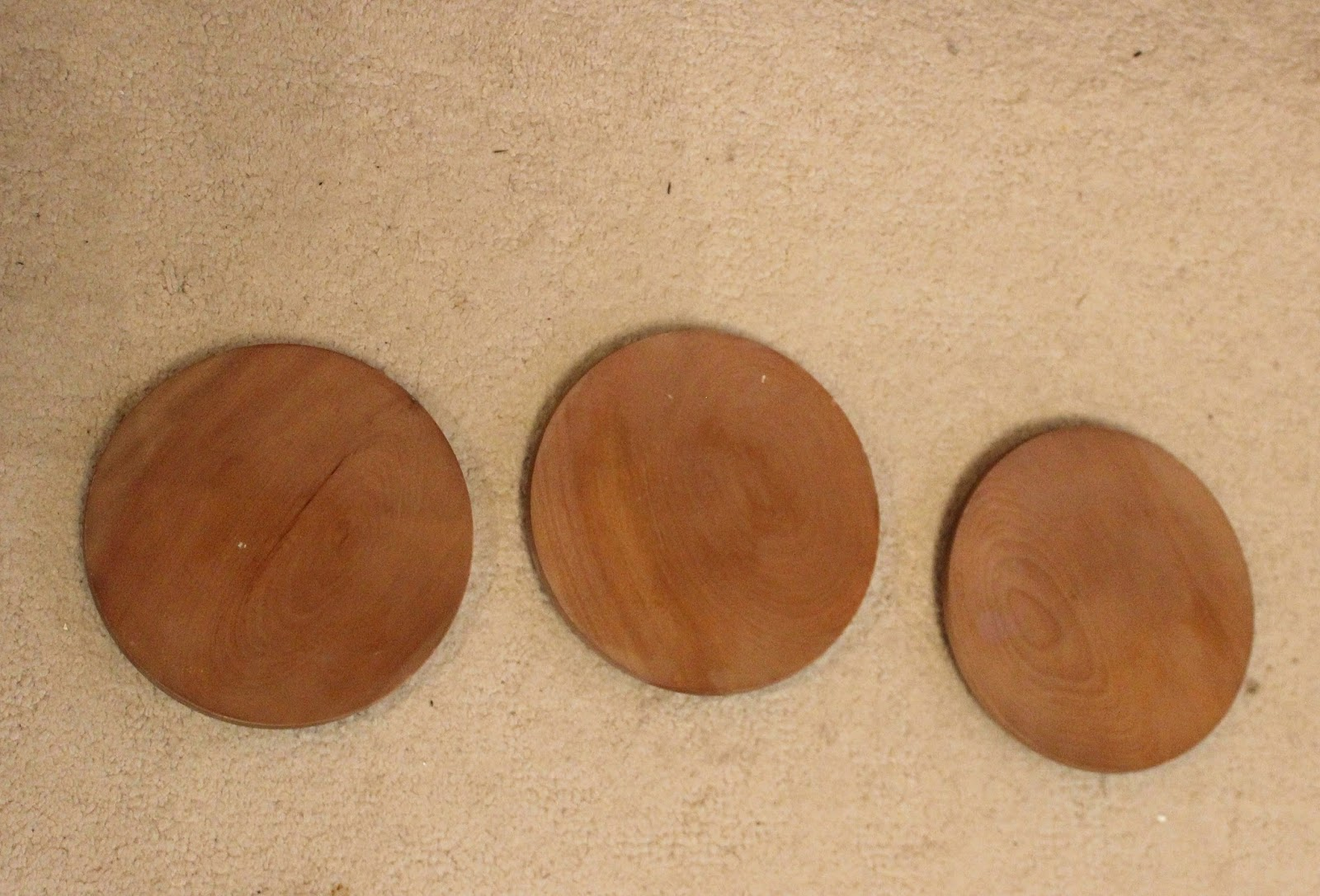 Thrift Shop Wooden Salad Plates Repurposed As Christmas/Winter Decor ...