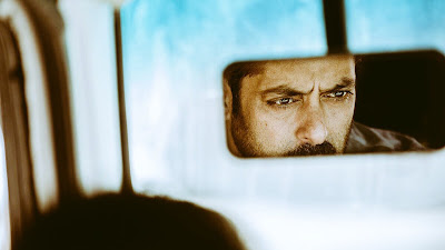 Salman Khan Gorgeous Eye HD Wallpaper In Tiger Zinda Hai Movie