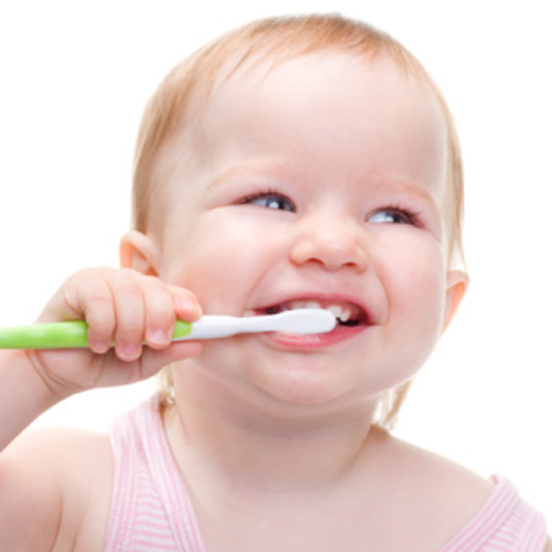 tanda pertumbuhan gigi bayi dan perawatan gigi bayi