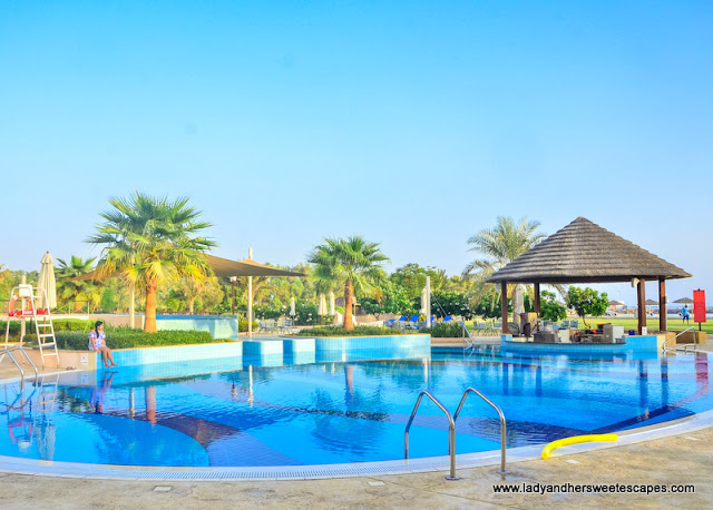 Danat Jebel Dhanna Resort pool bar