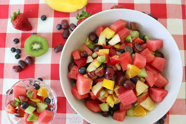 Delicious Rainbow Fruit Salad