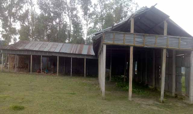 বকশীগঞ্জে এমপিও বিহিন ১৪ শিক্ষালয়, শিক্ষকদের মানবেতর জীবনযাপন