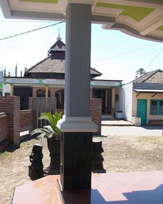 pilar rumah minimalis sederhana