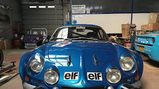 Béarn, la nouvelle vie de la Renault Alpine dans Le coin des artistes img_0997-3307971