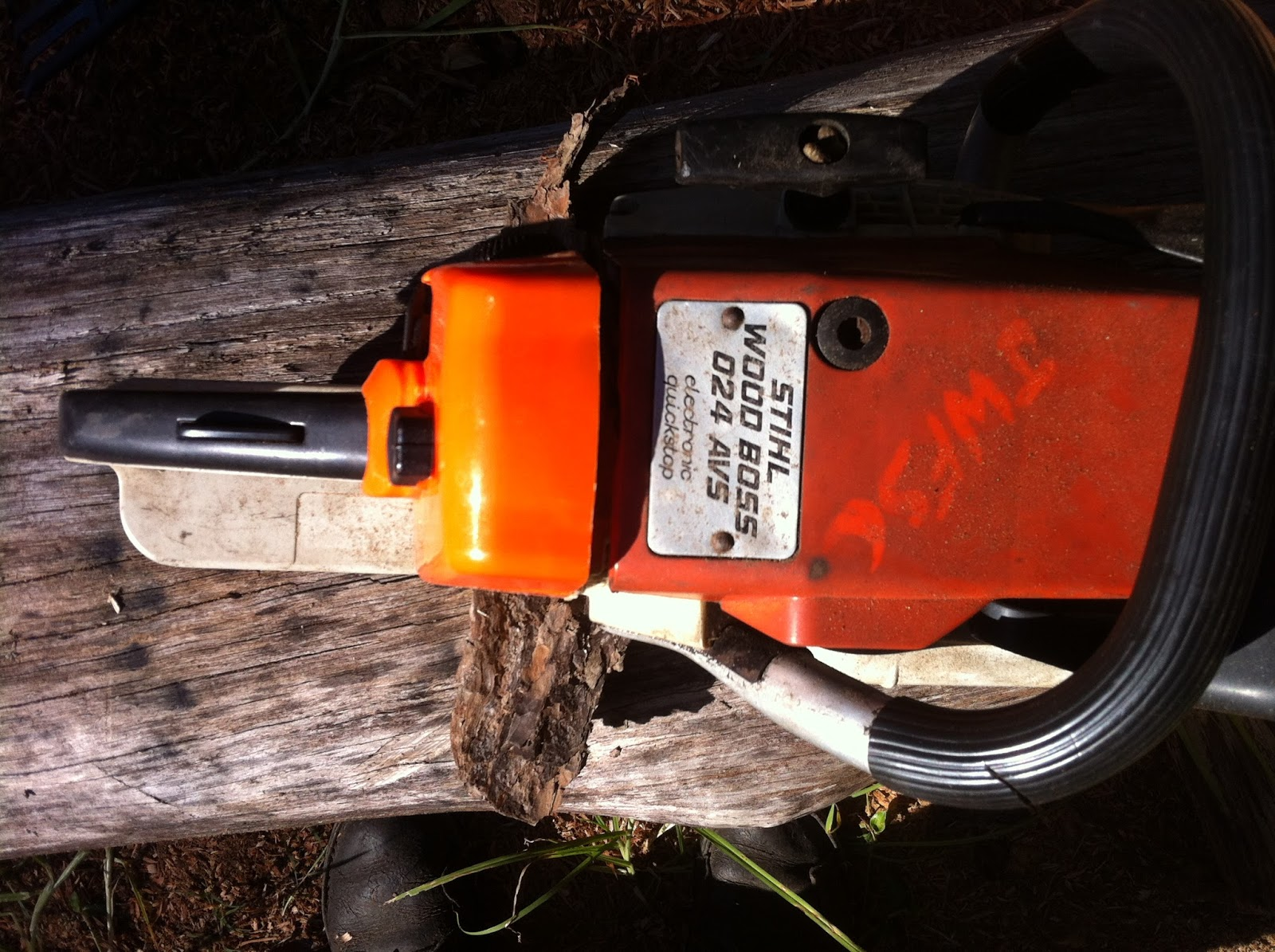 Bruce Teakle's Pages: Repairing a Stihl 024 (or 026) with
