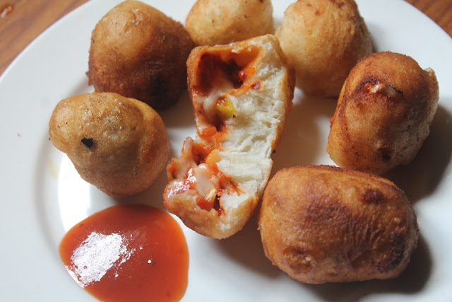 Fried Pizza Bites Recipe – Fried Pizza Poppers Recipe