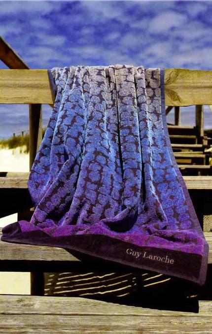 Cercle Bleu Guy Laroche. Toalla de playa