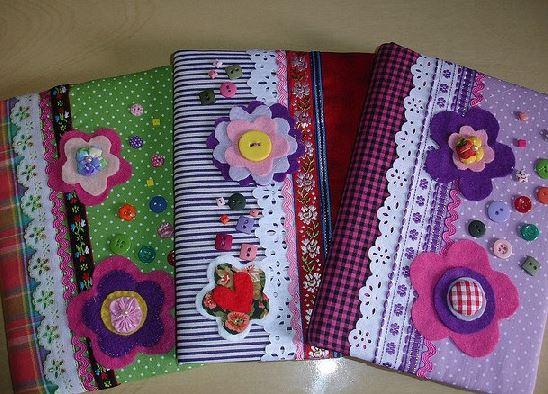 10 ideas hermosas para decorar con tela cuadernos y lbumes lodijoella - Telas para decorar ...