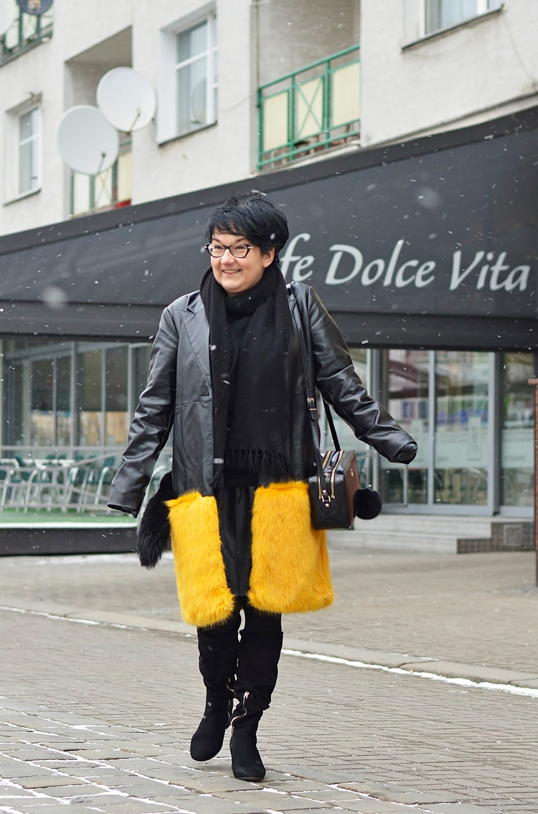 Yello fur, Zara coat, Patrizia Pepe bag