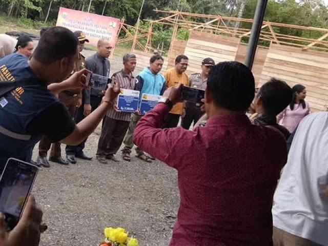 Yasin Payapo Sediakan Rumah Susun PNS Seram Bagian Barat