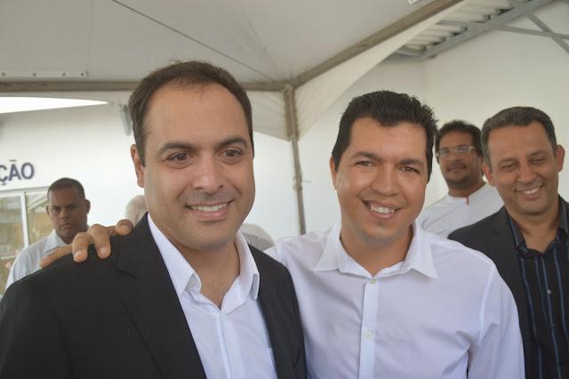 http://www.blogdofelipeandrade.com.br/2016/03/paulo-camara-estara-na-inauguracao-da.html