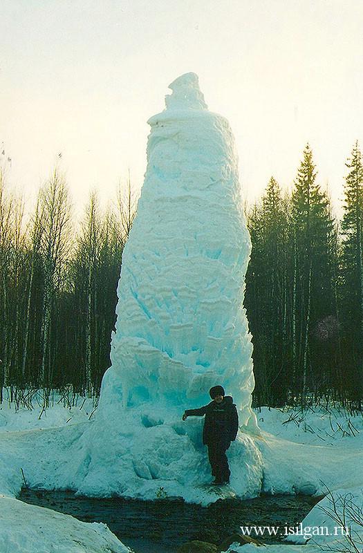 Ледяной фонтан. Национальный парк Зюраткуль. Челябинская область