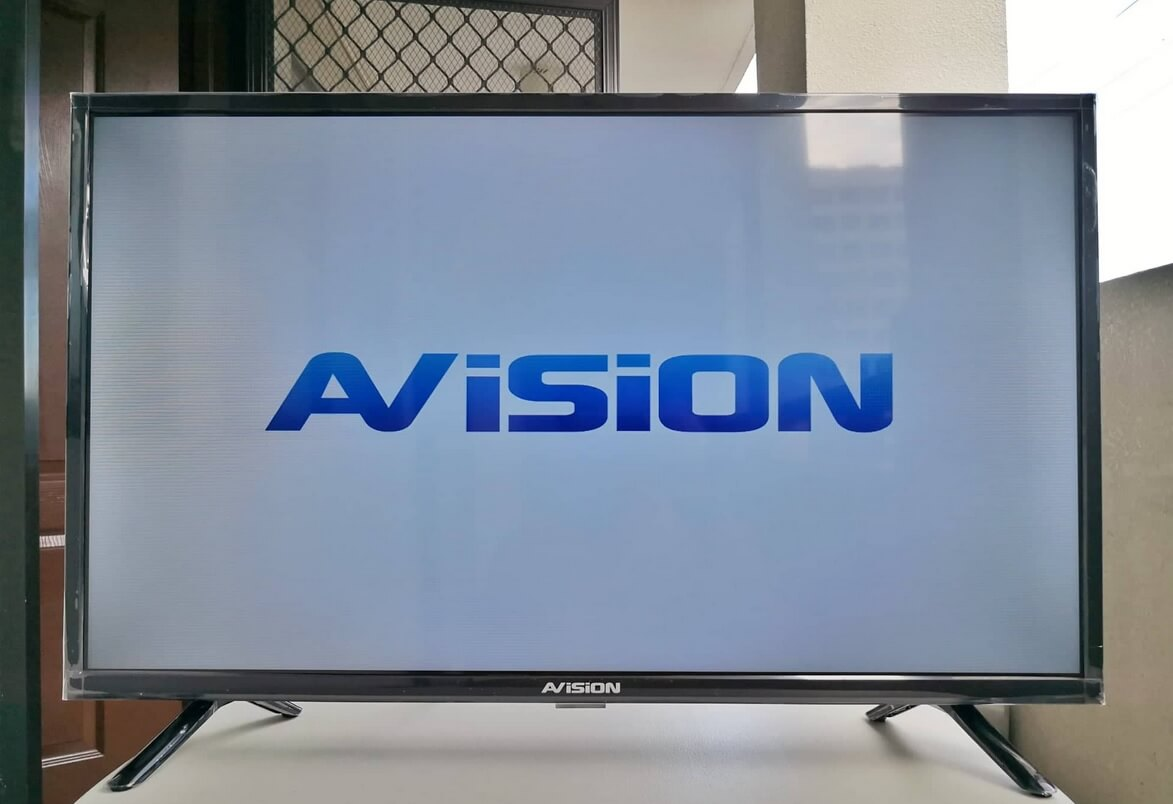 AVision 32-inch LED TV (32K801) Review; Affordable TV for Filipinos