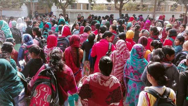 Teacher quitting classes to demand nationalization