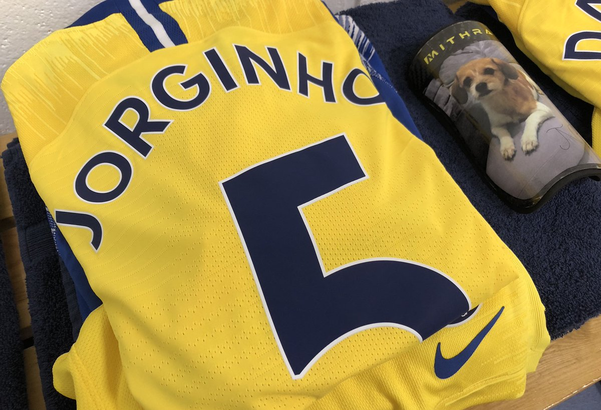 Jorginho has a picture of his dog on his shin pads
