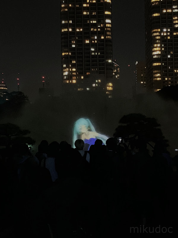 ブルードレス初音ミク  刻をあそぶ時空の旅 ~初音ミク Links Tokyo150~より