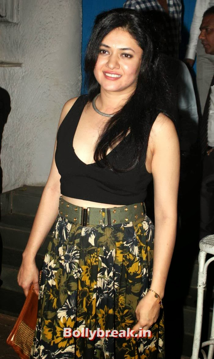 Sonal Sehgal, Vikas Bahl's Birthday Bash Photo Gallery