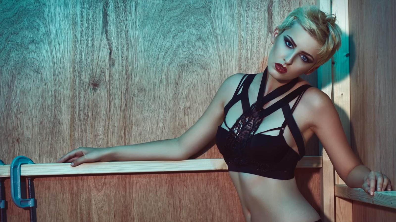 How to shoot alternative fashion with Julian Kilsby