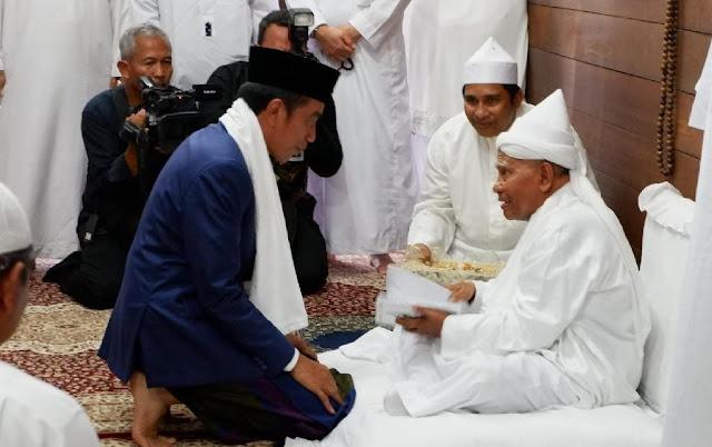Jokowi Kunjungi Pondok Pesantren di Sumatera Utara