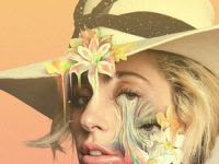 Download Film Gaga: Five Foot Two (2017) Subtitle Indonesia