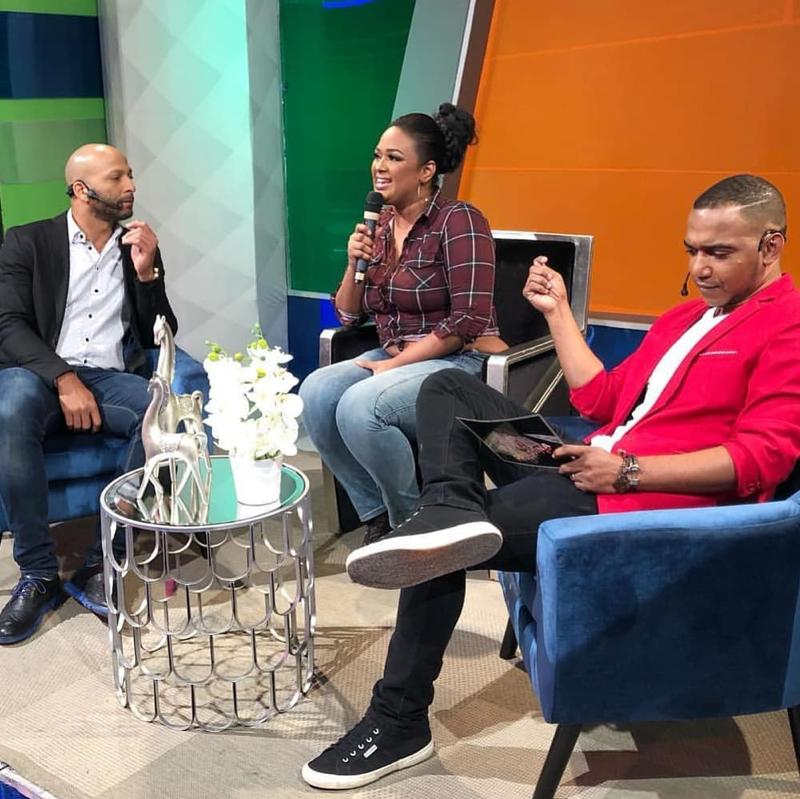 "Video: Programa ""Aquí se habla Español"" entrevistó borracha a Venya Carolina"