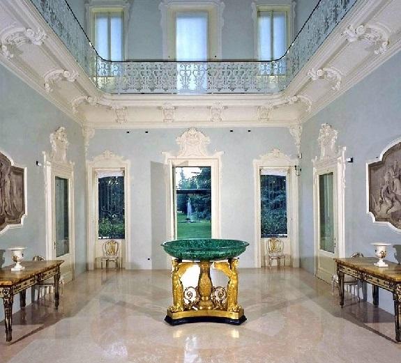 un inerno della villa dei capolavori della fondazione magnani rocca