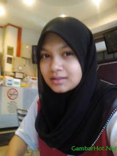 Jilbab Telanjang