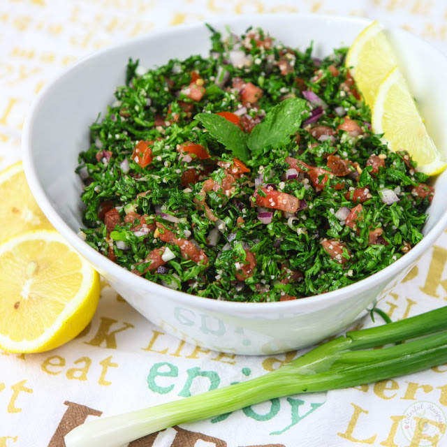 Look at this beautiful bowl of super green summer FRESH & LIGHT AUTHENTIC LEBANESE TABBOULEH RECIPE