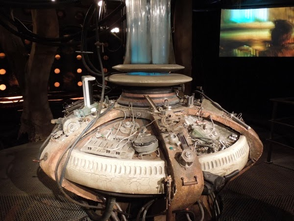 Doctor Who revival TARDIS console