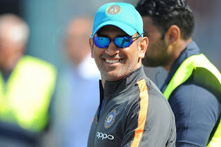 dhoni-suggest-for-padam-bhushan-award