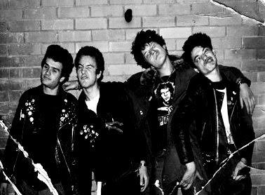 web stranice za pronalazak punk rockera povezivanje po imenu i datumu rođenja za brak