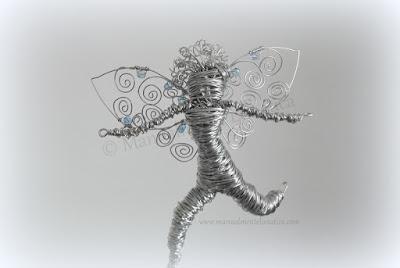 escultura hada alambre