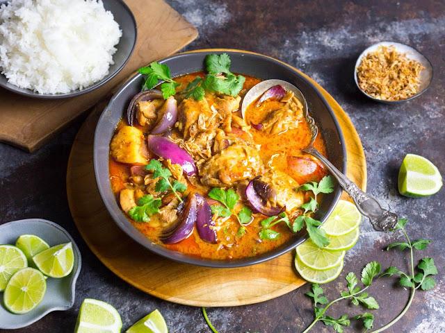 Makanan Terenak di Dunia massaman curry