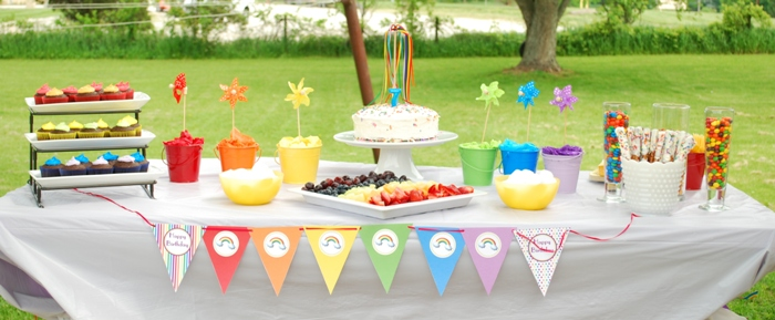 Rainbow Birthday Party desserts table styling - via BirdsParty.com
