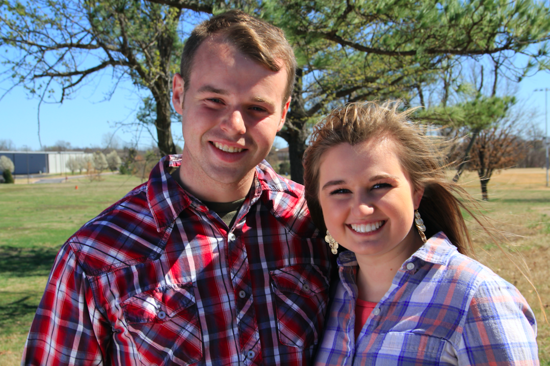 Apr 2014. Although Jessa and Jill are not the first Duggar children to court and marry..