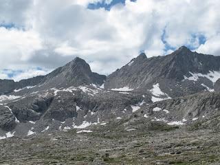 Blick zurück auf Frozen Lake Pass; kaum zu glauben, dass ich da herunter gekommen bin