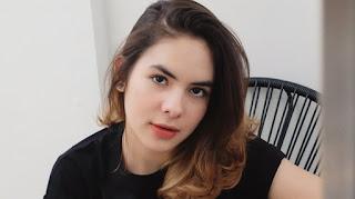 """"""" 15 Artis Cantik Dan Populer Di Tahun 2019"""""""