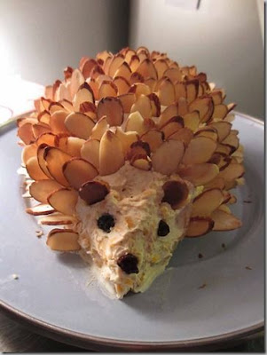 http://pigtown-design.blogspot.com/2012/04/easter-hedgehog.html